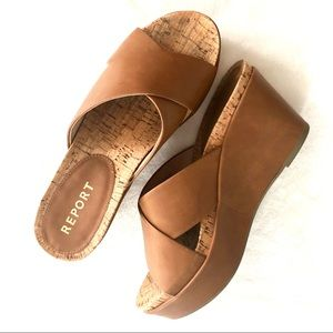 Women's Report Wedges size 9
